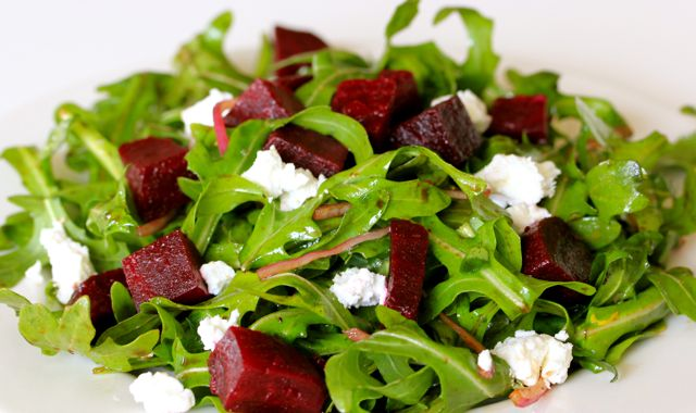 Arugula Salad with Beets and Goat Cheese Photo Credit: www.cleananddeliciousmeals.com