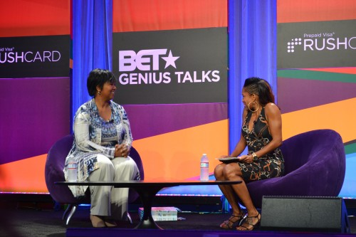 Dr. Mae Jemison being interviewed by NAACP Image Award winning actress, Regina King at the 2014 BET Experience (Genius Talks)