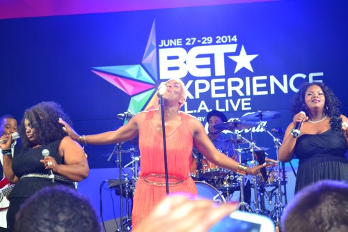 Liv Warfield and band's performance was Epic!