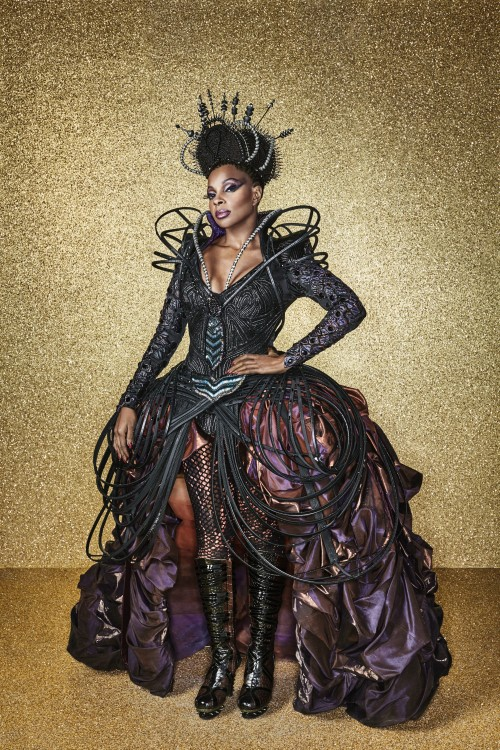 THE WIZ LIVE! -- Season: 2015 -- Pictured: Mary J. Blige as Evillene -- (Photo by: Paul Gilmore/NBC)