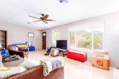 Light & Bright Family Room
