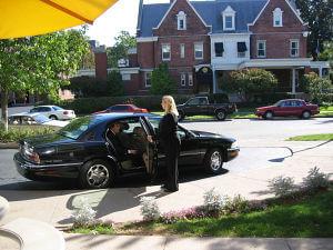 sedan-photo-driver-pass-resdent