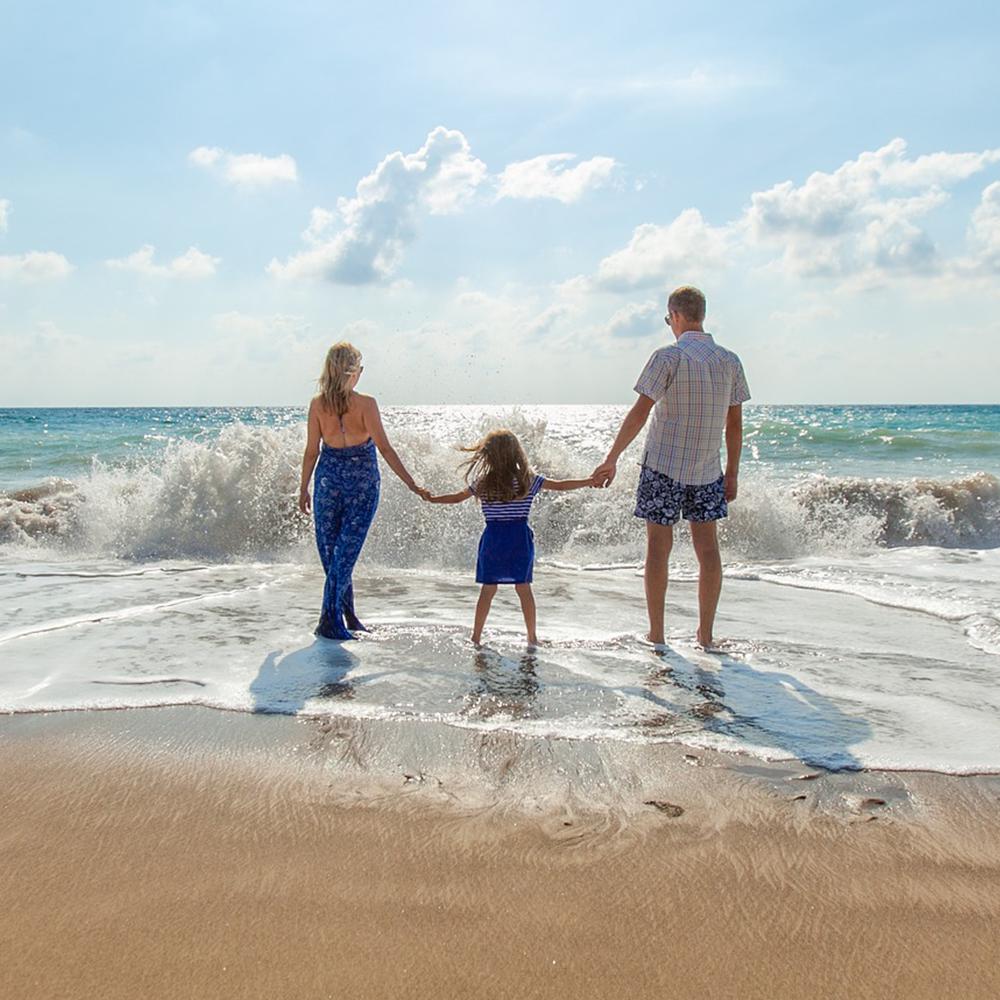 rodzina-na-plazy