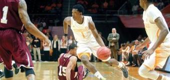 Tennessee coach Donnie Tyndall believes Vols can deal with distractions