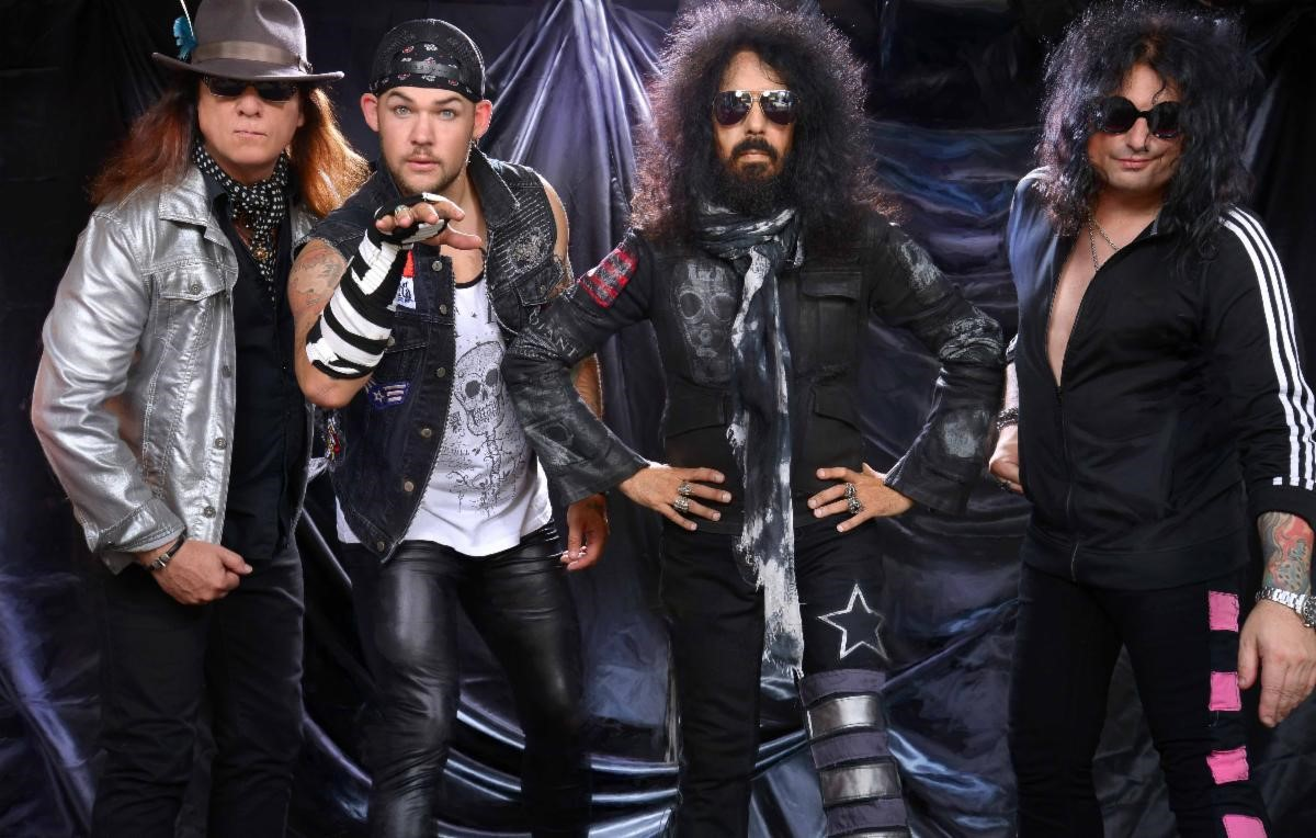 QUIET RIOT To Release 'Hollywood Cowboys' Via Frontiers Music ...