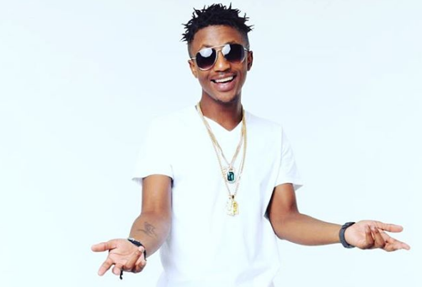 Emtee Scoops The Rising Star Award At The #YOUSpec2016