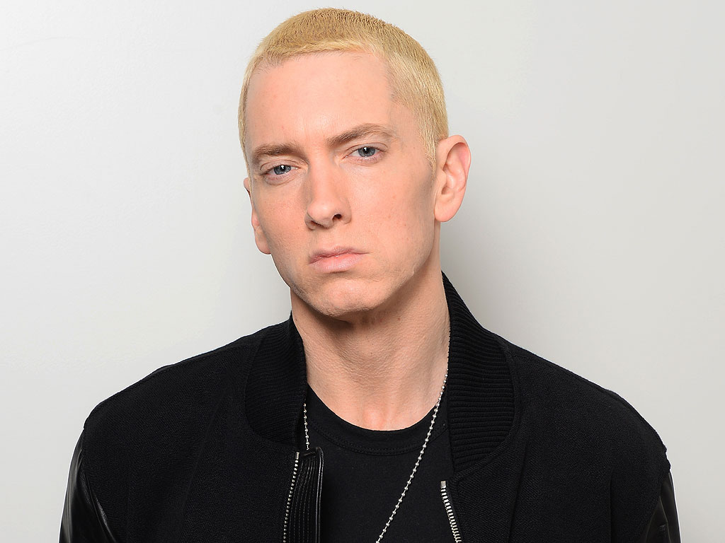 "Eminem Declares Kendrick Lamar's ""Good Kid, M.A.A.d city"" A ""Masterpiece"""