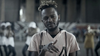 Photo of Fans React To Kwesta Playing Super Hero In The 'Vur Vai' Video