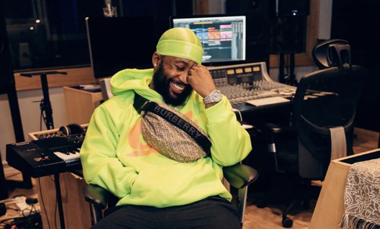 Cassper And His Team Sign A New Partnership With Popular Energy Drink Company