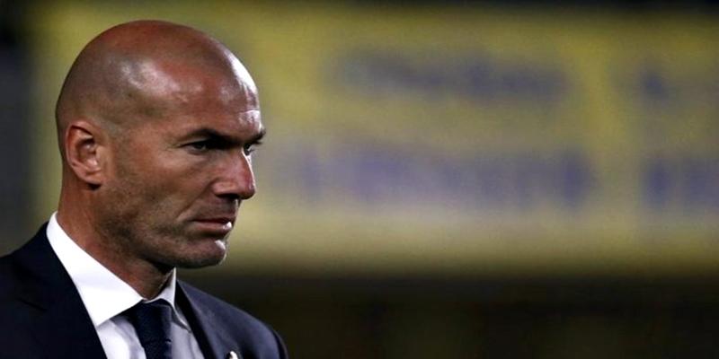 OPINIÓN   Zidane, ¡Hace falta un 9 y un entrenador!