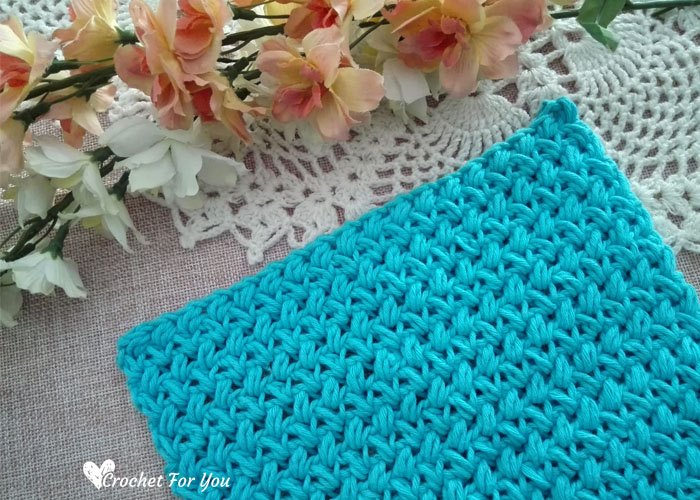Crochet Mini Bean Stitch Dishcloth - free pattern