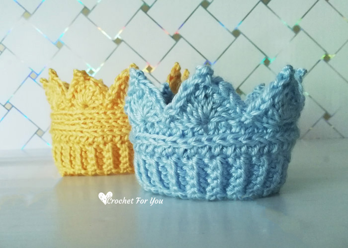 Crochet Crown Earwarmer Newborn to Toddler Sizes - Free Pattern