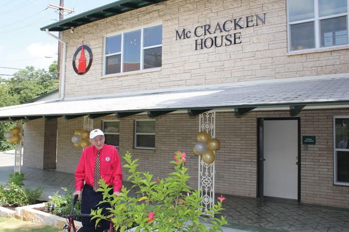 UIW dedicates the McCracken House
