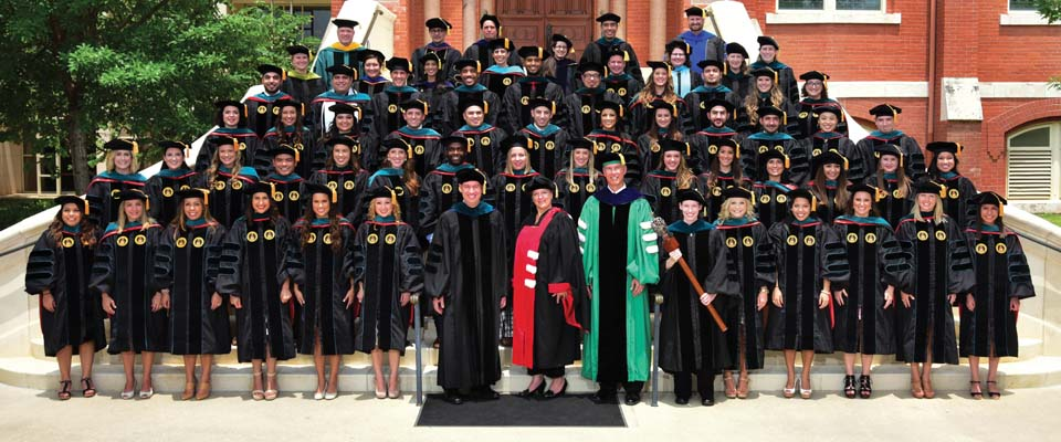UIW School of Physical Therapy inaugural class culminates journey