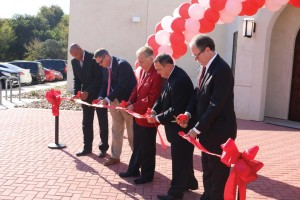 (Pictured L-R) Williams, Weiland, Agnese, Graybeal, and Aven cut the ribbon to officially open the PGM facility.
