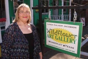 Jacobson in front of her gallery in Wimberley, Texas.