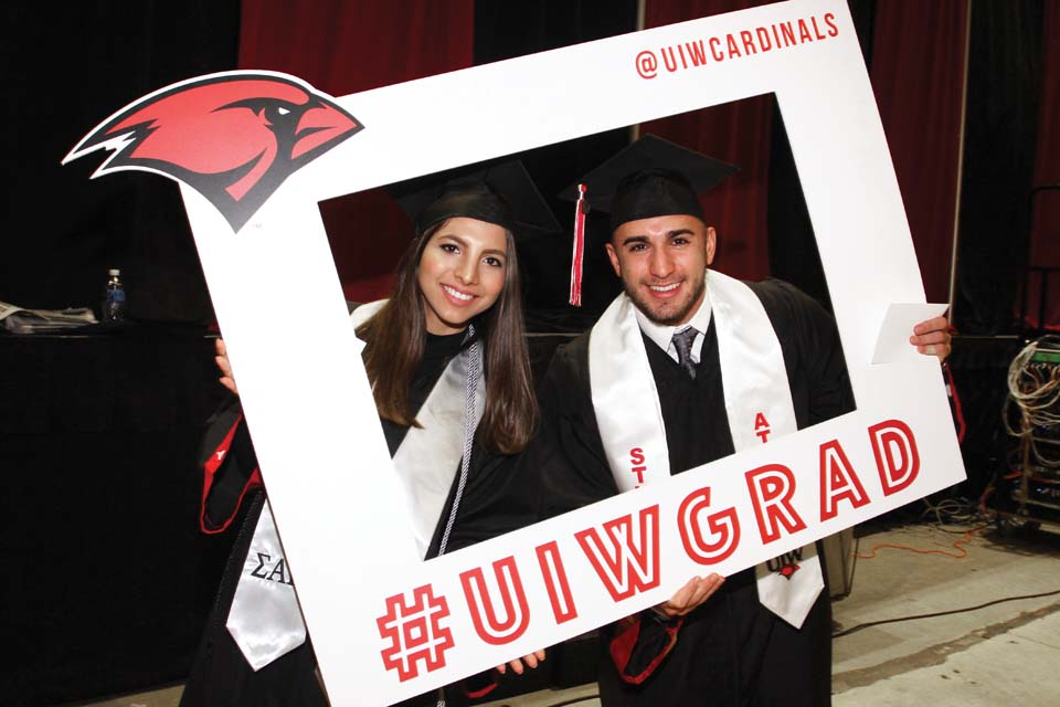 UIW celebrates Fall 2016 commencement