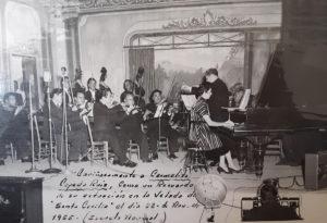 Maria del Carmen Cepeda, known as Carmelita, performs in Mexico in 1955.