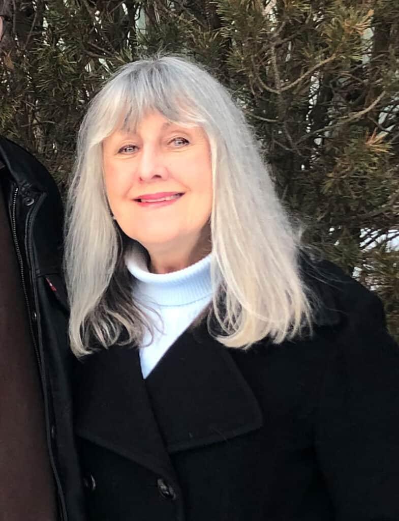 Linda Lessmann Reinhold