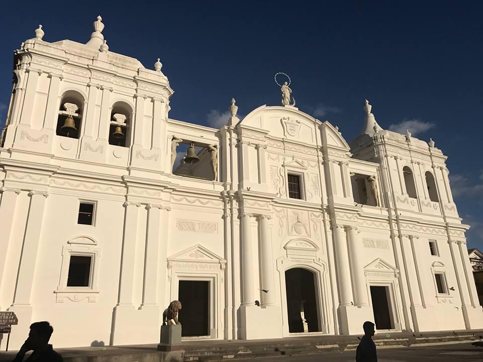 Visitar La Catedral de León Nicaragua