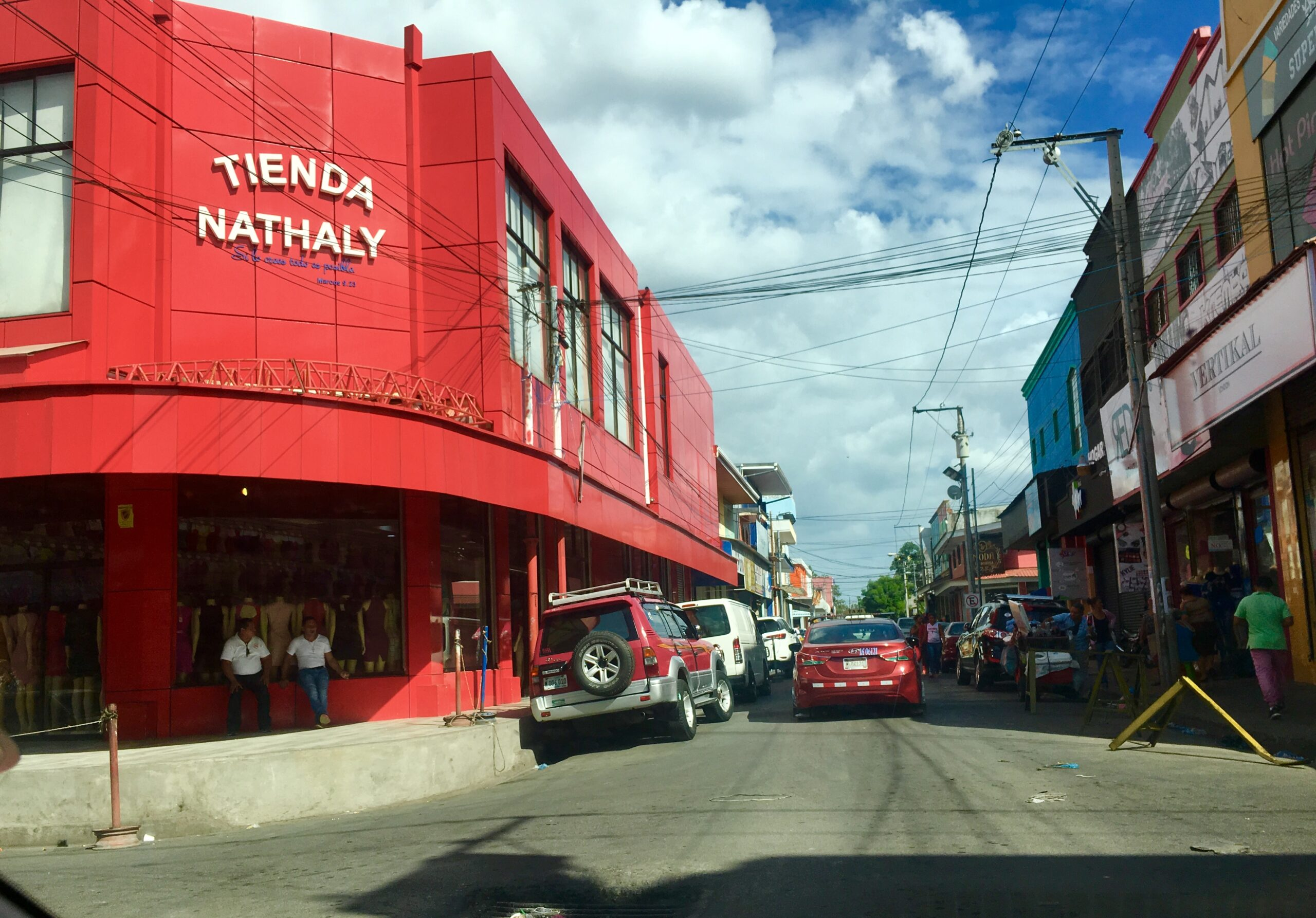 Mercado Oriental deberá comenzar a vender online en Managua