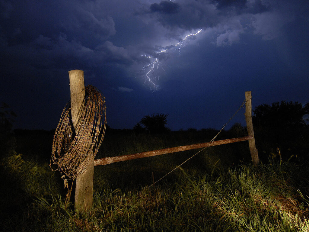 Barb Wire lightning