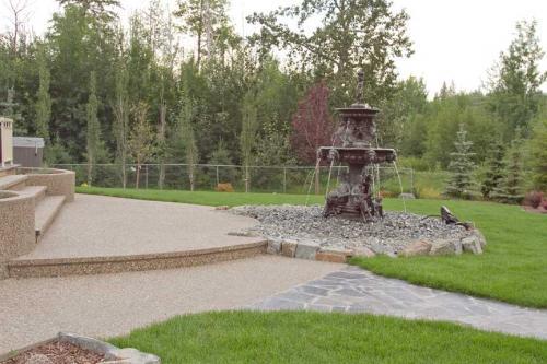 Edmonton_Landscaping_Decks_Patios_Rock_Gardens_25