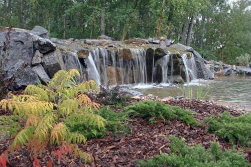 Edmonton_Landscaping_Fence_Patios_Rock_Gardens_1