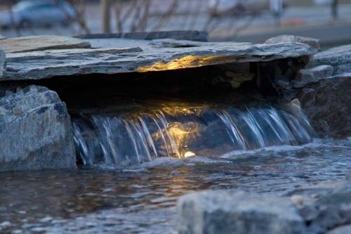 Edmonton_Landscaping_Fence_Patios_Rock_Gardens_24