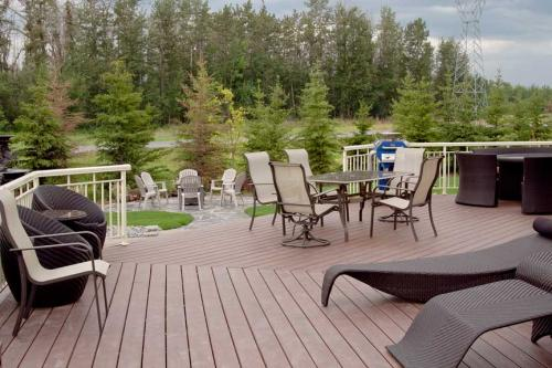 Edmonton_Landscaping_Patios_Rock_Gardens_Decks_9