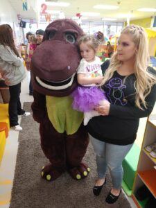 Order Barney, the lovable purple dinosaur featuring songs, dances and skills that make learning fun for children. Hire Barney, you can add on Baby Bop and BJ hand puppets for great Kids Party Characters Chicago - 90 minutes $200