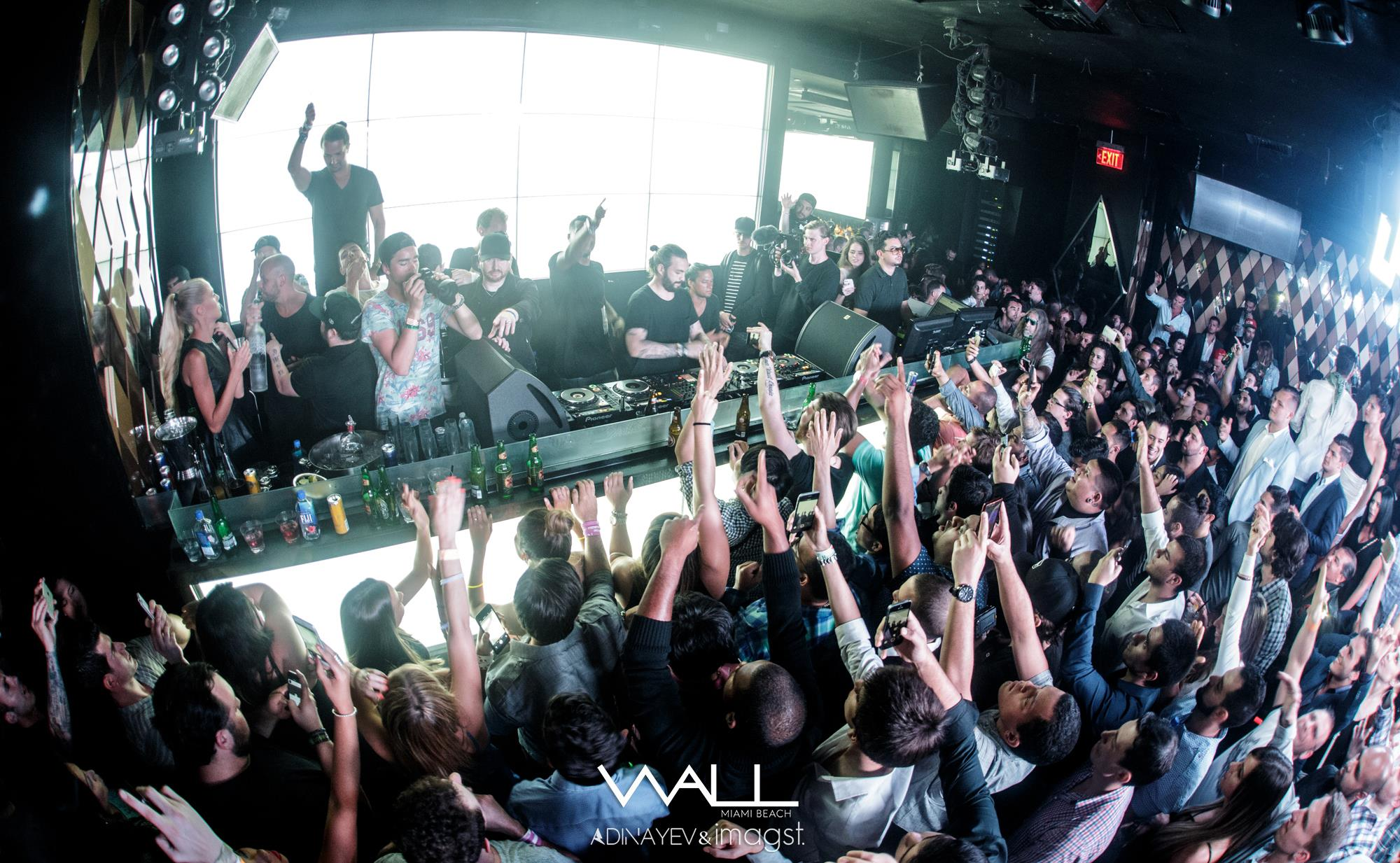 The best Miami Club and Beach Bar