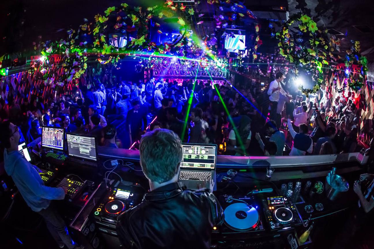 WALL Miami Beach hosting amazing South Beach Parties