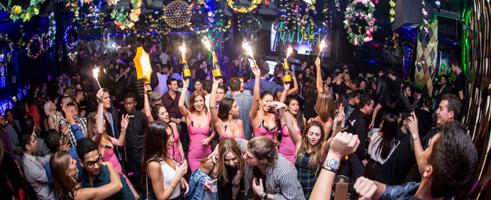 Wall Lounge Miami Beach Knr