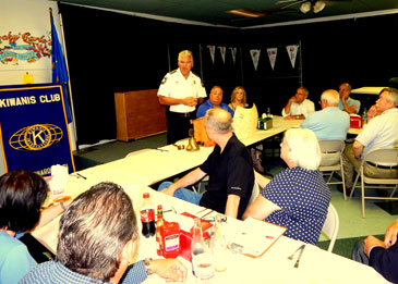 Sheriff James Pohlmann speaks to Kiwanis Club about the Sheriff's Office