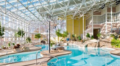Steele Hill Resort indoor pool