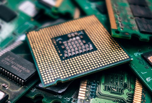 Awards: Best CPUs of 2019 (Gaming, Production, & Disappointment)