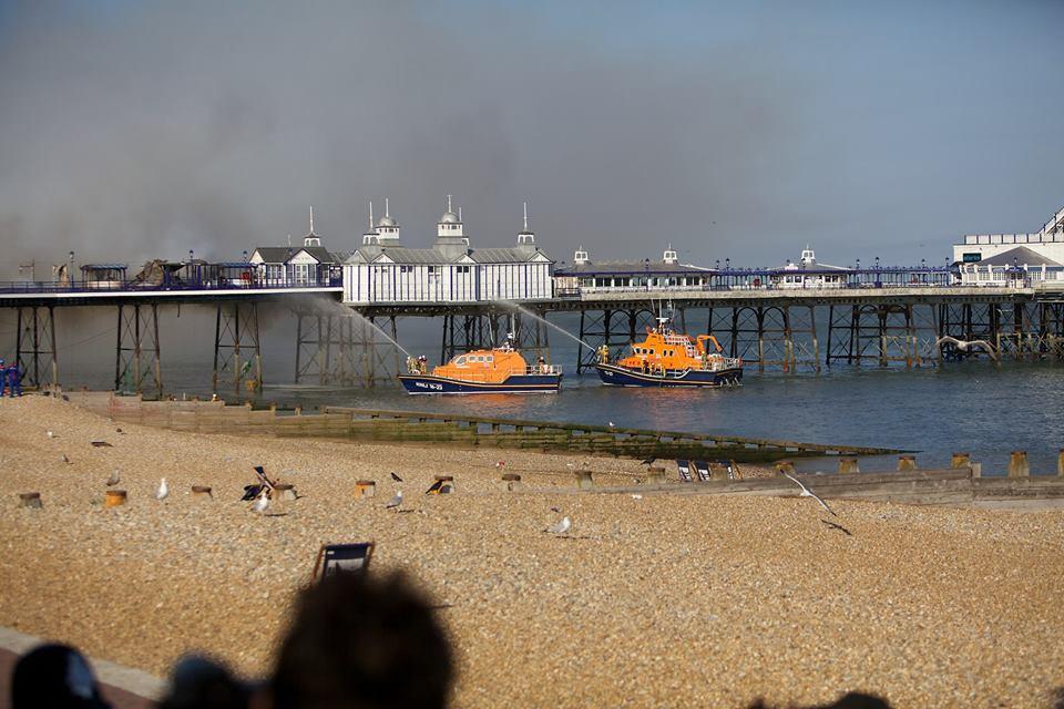 Eastbourne-pier-fire