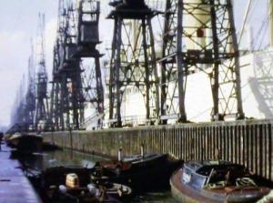 16mm-film-london-docks