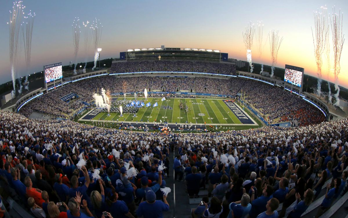 Kentucky football attendance
