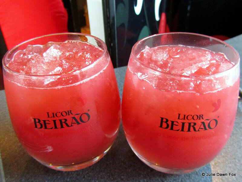 2 glasses of Morangão: Licor Beirão and strawberry cocktail