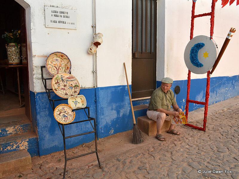 João Mértola outside his pottery shop in Redondo