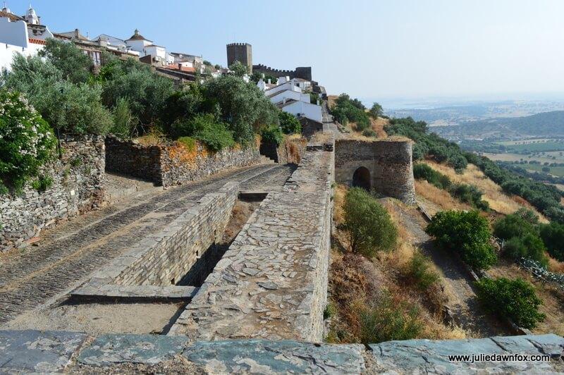 Perimiter defence walls, Monsaraz