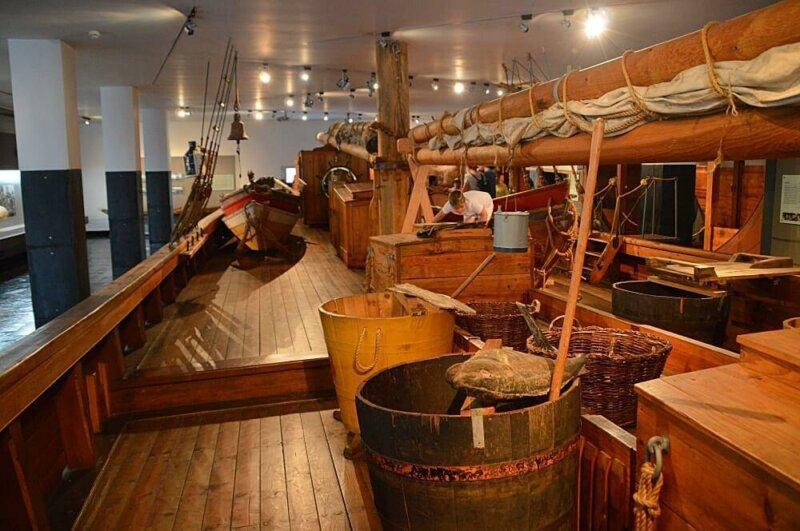 All aboard. Replica cod fishing ship, Maritime Museum, Aveiro