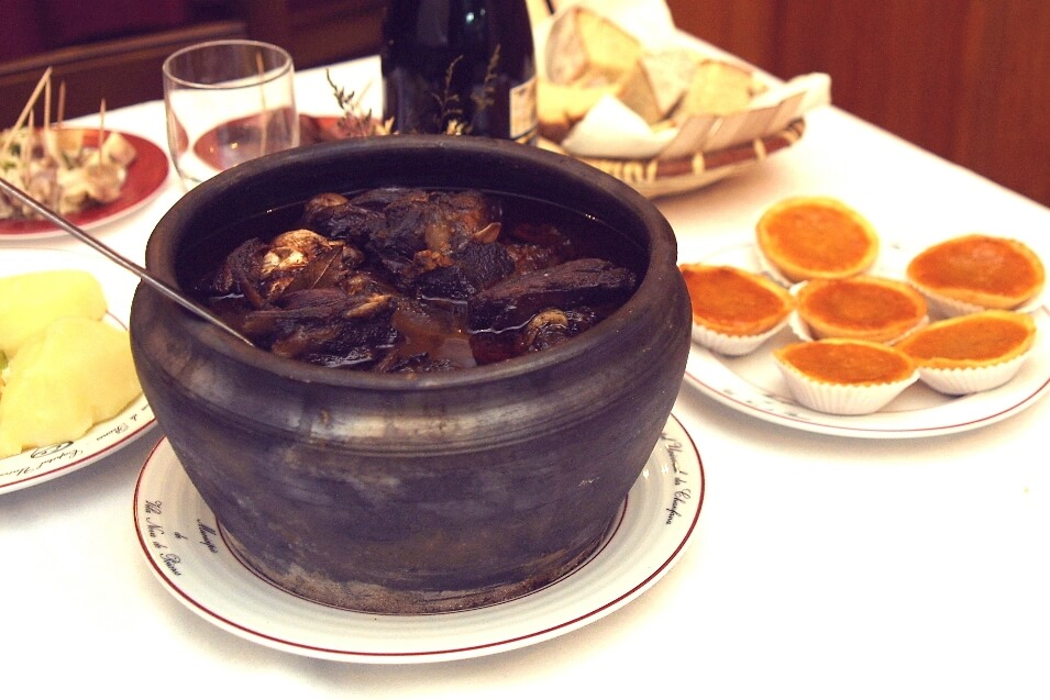 Chanfana in a black casserole dish