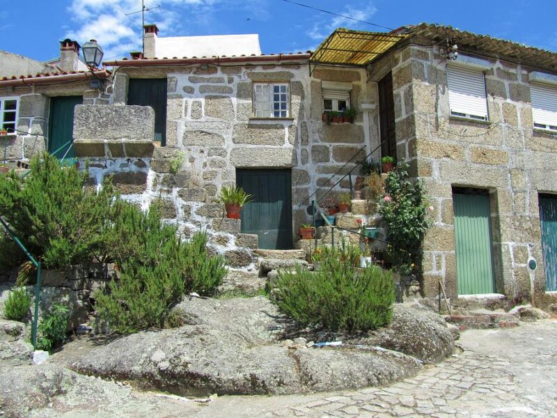 Traditional cottages, Santa Comba Dão