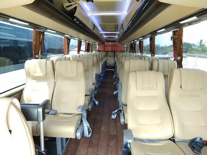 bus pariwisata interior by trac