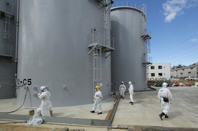 Storage tanks of radiation-contaminated water at Tokyo Electric Power Company's Fukushima Daiichi nuclear power plant in Okuma, Japan, this year. Credit Kimimasa Mayama/European Pressphoto Agency