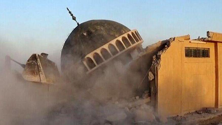 2014-07-10-isis-destroys-iraqi-shrines-03-1