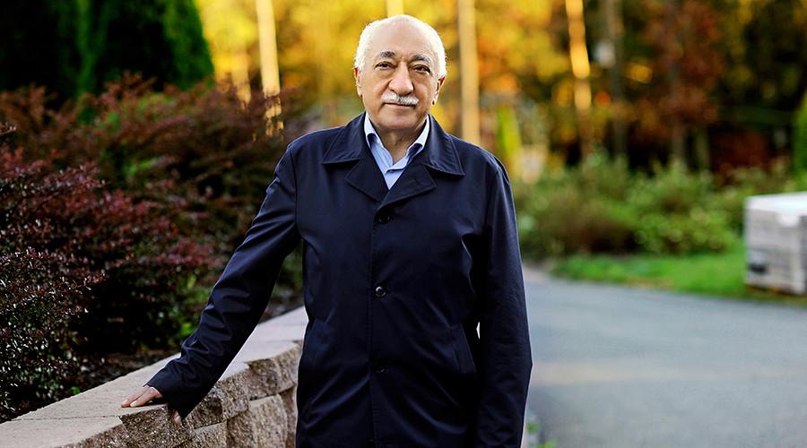 Islamic preacher Fethullah Gulen © Selahattin Sevi / Reuters